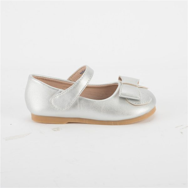 Used girls leather mary jane flats